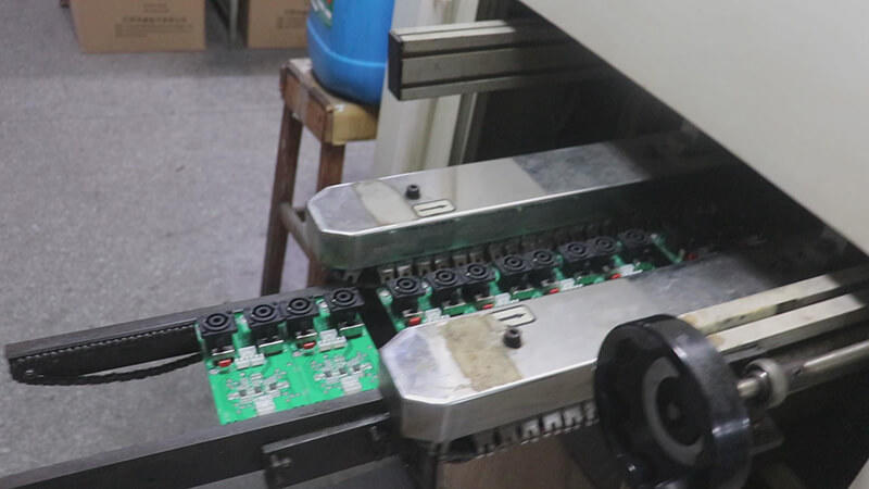 PCB board of power amplifier assembling